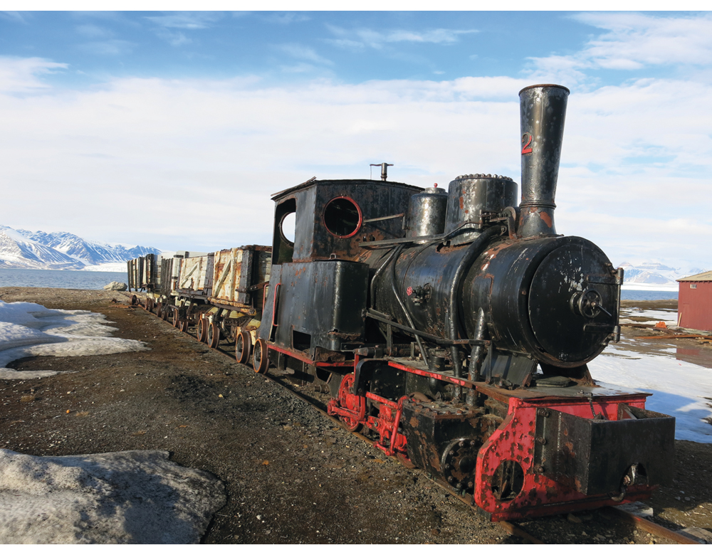 Figure 7.5 «Toa»: Steam locomotive No. 2 was made in Berlin in 1909 and it arrived in Ny-Ålesund in 1917. The locomotive was used to transport coal from the pitheads to the shipping quay before lorries took over that work. In connection with Kings Bay's centena...
