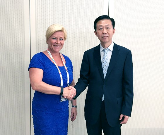 The Finance Ministers of China and Norway