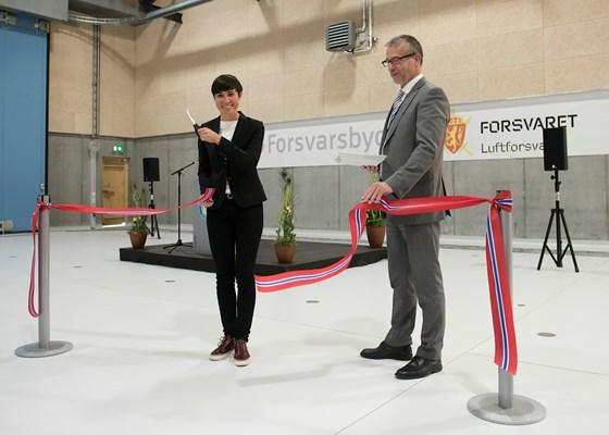 Onsdag 30. august markerte forsvarsminister Ine Eriksen Søreide at infrastrukturen på Ørland flystasjon er klar til å motta de nye kampflyene, F-35. De første kampflyene lander på Ørland om noen få uker.