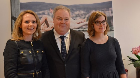 The new Minister of Culture along with the newly appointed State Secretary, Bård Folke Fredriksen, and political advisor Maria Kristine Göthner.