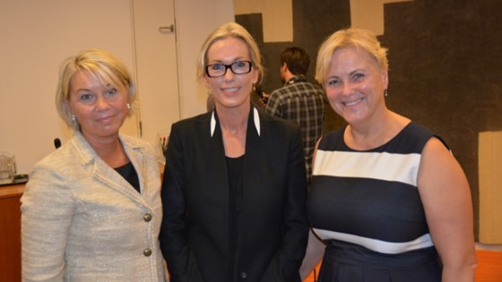 Group photo of Minister of Trade and Industry Monica Mæland, Innovation Norway CEO Anita Krohn Traaseth and Minister of Culture Thorhild Widvey.