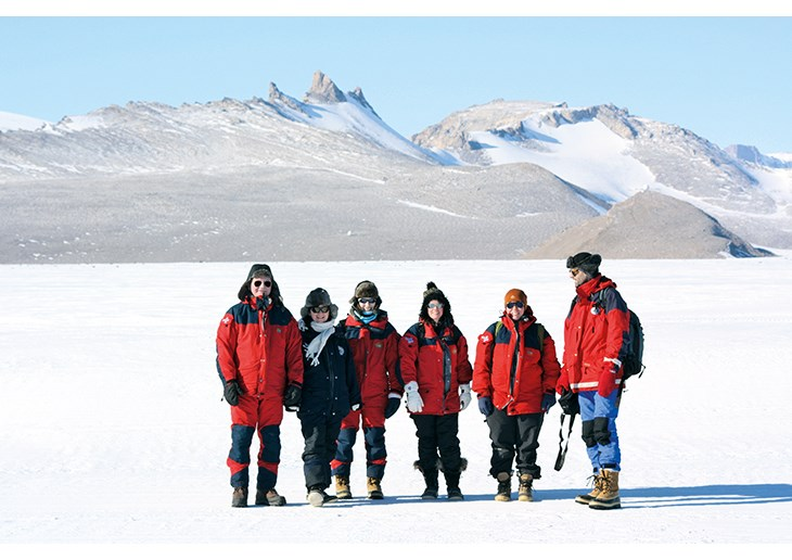Figure 4.2 Inspection: A Norwegian inspection team in action in accordance with Article VII of the Antarctic Treaty (February 2009).