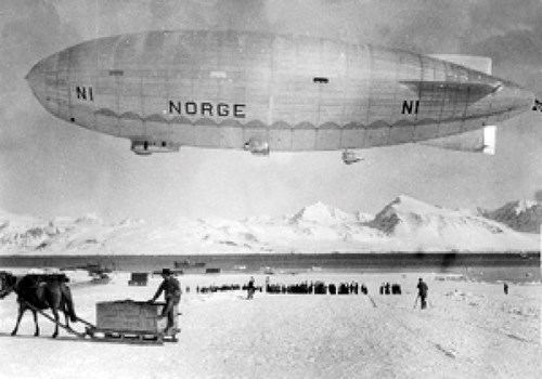 Figure 10.8 The airship Norge in Ny-Ålesund.
