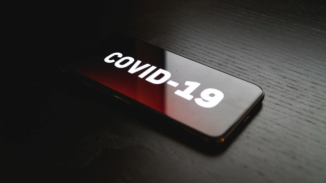 Button with the text «Covid-19»