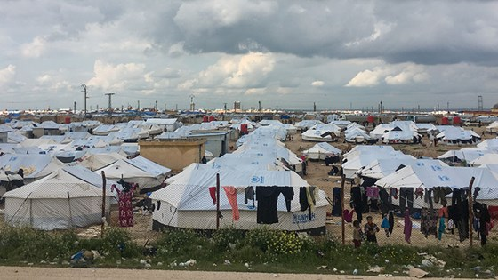 There is an urgent need for health services in the Al Hol camp in Syria. Credit: Red Cross