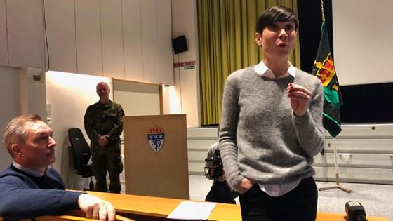 Utenriks- og forsvarsministeren redegjorde for Stortinget om hvordan Norge fortsetter sitt bidrag i kampen mot Isil. Foto: Forsvarsdepartementet