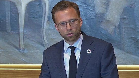 Minister of International Development Nikolai Astrup gives his address to the Storting. Credit: From stortinget.no