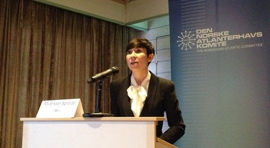 Ine Eriksen Søreide speaking at Leangkollenseminaret