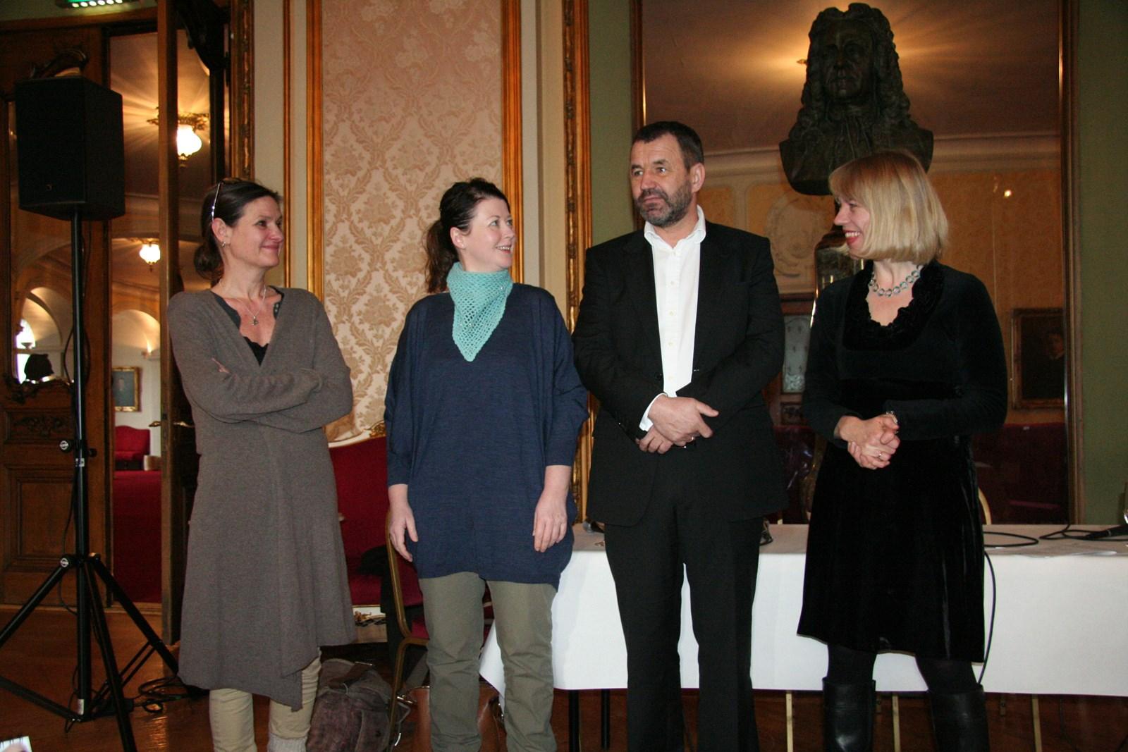 From Left: Therese Bjørneboe, Hanne Tømta, leader Per Boye Hansen and Minister of Culture Anniken Huitfeldt. Photo: Ministry of Culture