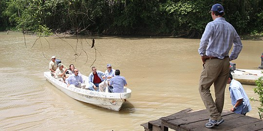 Norways Prime Minister Jens Stoltenberg and Mexicos President Felipe Calderón today visited the Montes Azules nature reserve in Chiapas in southern Mexico. Photo: Office of the Prime Minister.